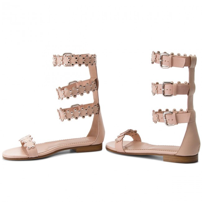 Spring Desert summer Pq0s0a60 Decontractees Sandales Ga7 Valentino Femme Et Red Mules 2018 R qpUzLVSMG