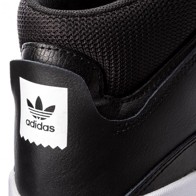 Adidas Fall Basses Mid 2018 Cblack Sneakers Chaussures Vrx ftwwht Homme q3 B41479 ftwwht winter rCodxeEQBW