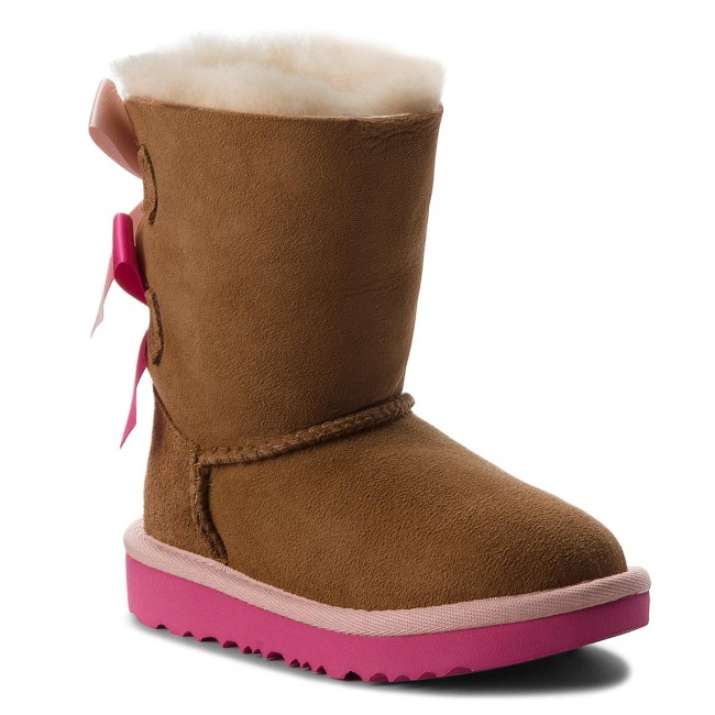 chaussure fille ugg