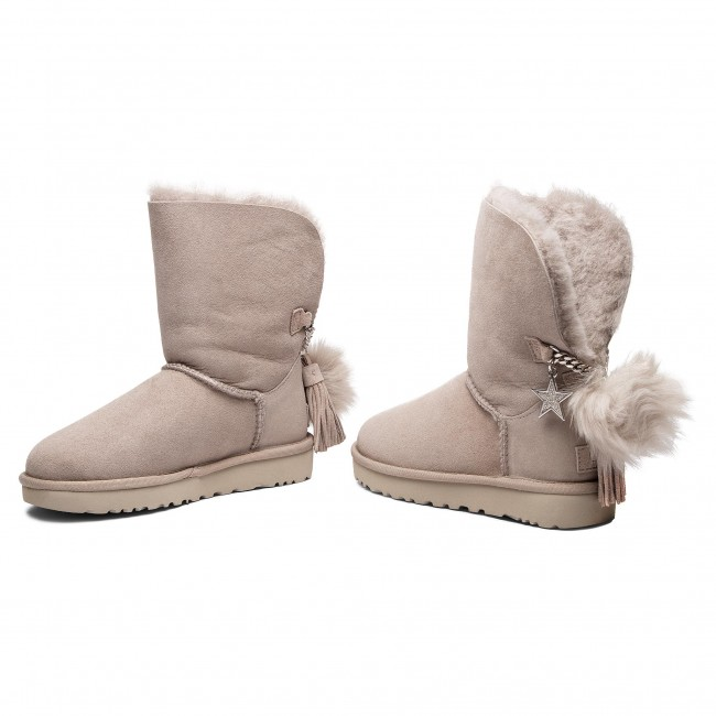 W 1095717 Charm will Boot Chaussures Classic Ugg W D29WYeIbEH