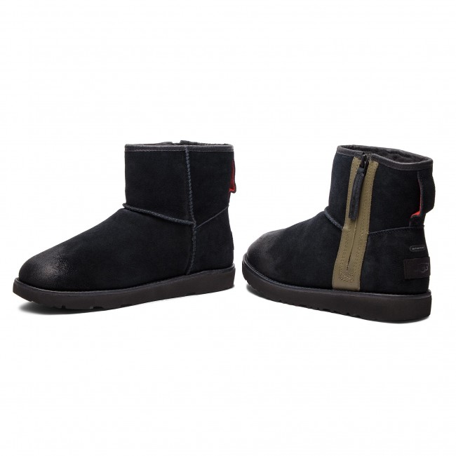 Classic blk M Waterproof Mini Chaussures 1018453 Ugg M rBxWdoCe