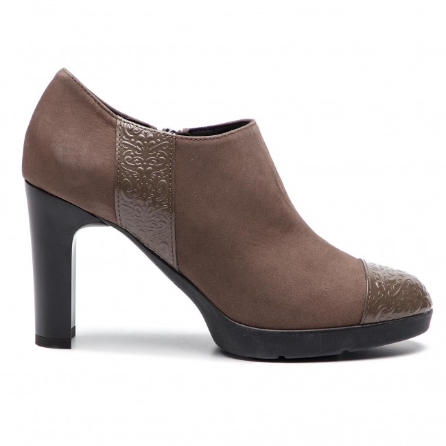 2018 032bc Chestnut Basses winter Femme Annya HD84aed Chaussures Talons Geox D C6004 Fall Yfyb76gv