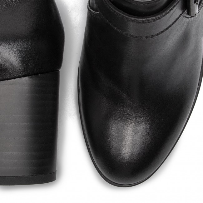 00043 Black Chaussures Basses Remigia Geox C9999 D C D84afc f7IYvb6gy