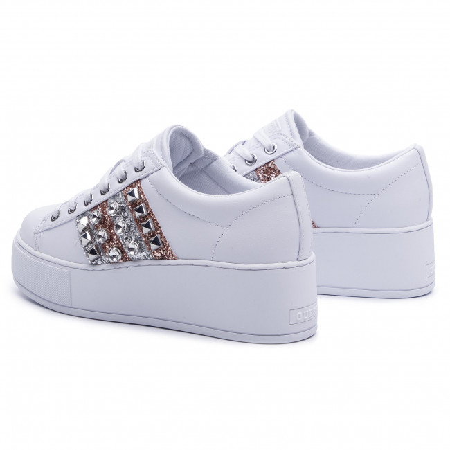 Sneakers Ele12 Basses Fall winter White Guess 2019 Fl7neo Femme Chaussures Pre Neomi fy67gYb