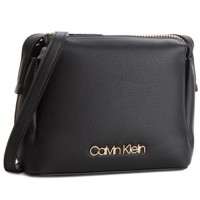Main 001 Sac Calvin Small Klein K60k604289 Step Crossb À Up f1B5qw1