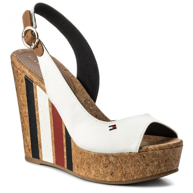 Sandales TOMMY HILFIGER Wedge With Printed Stripes FW0FW02794 Wisper Wite 121
