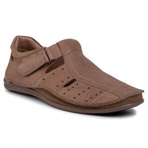 Chaussures basses CLARKS Batcombe Wing 261430487 Burgundy