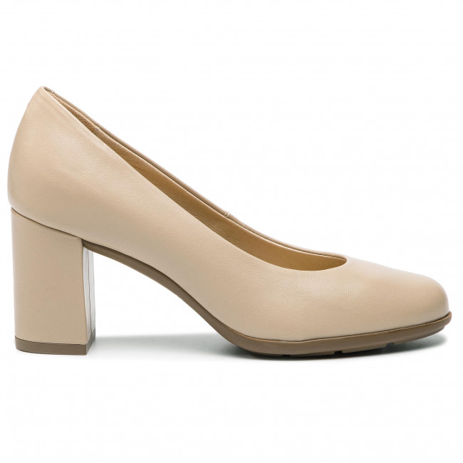 Chaussures basses GEOX - D New Annya A D92C8A 000KF C5000 Beige - Talons - Chaussures basses