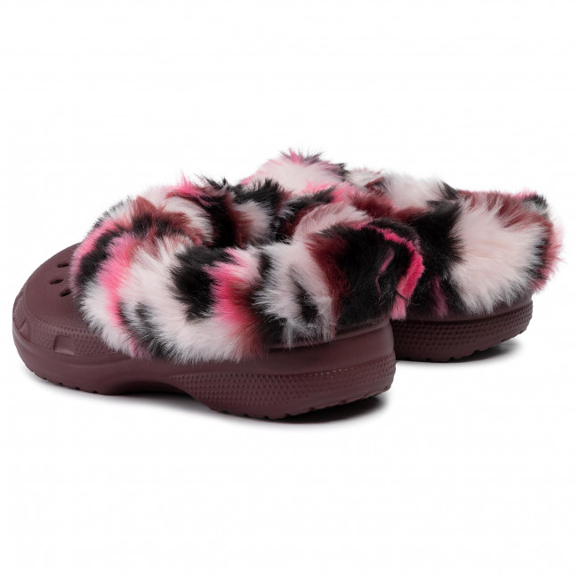 Chaussons CROCS - Classic Mammoth So Luxe Clog 205841 Burgundy/Multi - Chaussons - Mules et sandales